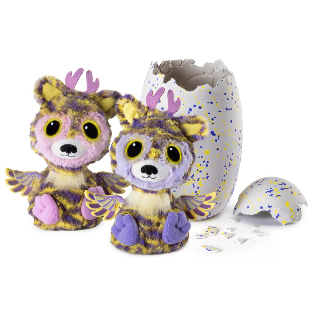 "163606e3022e These Hatchimals love to interact with each other! They ll say ""I love you""  and"
